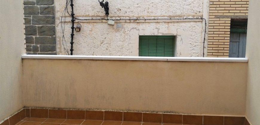 LITAGO, CASA DE RECIENTE CONSTRUCCIÓN EN VENTA